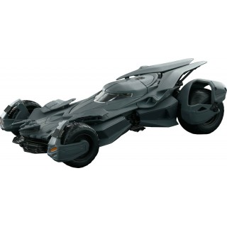 "Batmobile 2016 Batman vs Superman ""Dawn of Justice"" kit 1:24"