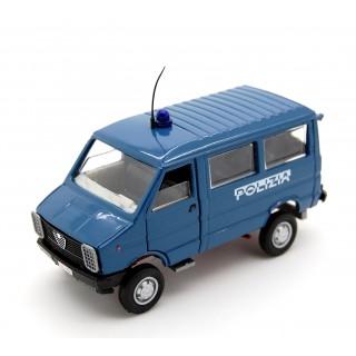 Iveco Daily 30.8 Polizia 1:43