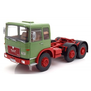 MAN 16304 F7 1972 Light Green - Red 1:18