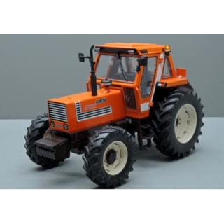 Fiat 1180 DT trattore 1:32
