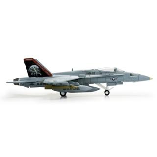 "McDonnell Douglas F/A-18C US Marine Corps  Hornet VMFA-122 ""Werewolves"" 1:200"