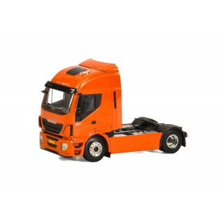 Iveco Stralis Hi-Way 4x2 Trattore stradale 1:50