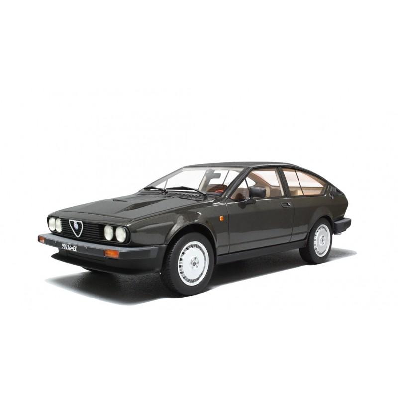 Alfa Romeo GTV 6 2.5 1980 Grigio Metallizzato 1:18