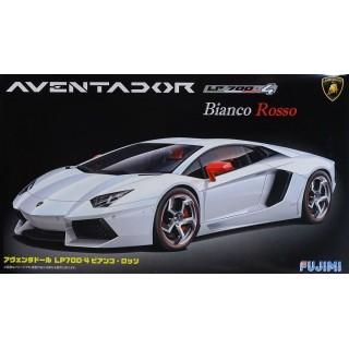 Lamborghini Aventador Biancorosso Kit 1:24