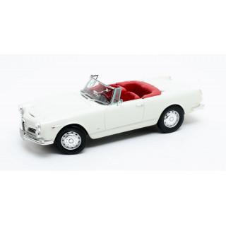 ALFA ROMEO 2600 Spider Touring Bianco 1961 1:18