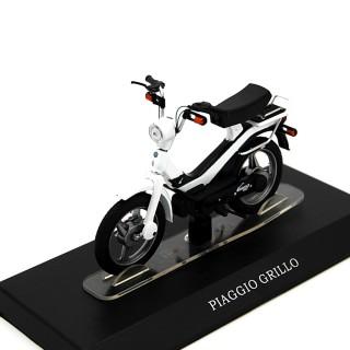 Piaggio Grillo ciclomotore 50 cc 1:18