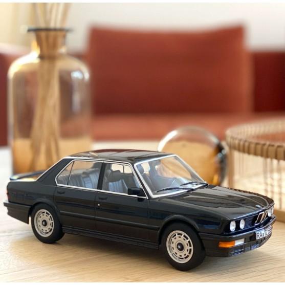 BMW M535i 1986 Black metallic 1:18