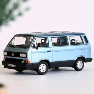 Volkswagen Multivan 1990 Light blue metallic 1:18