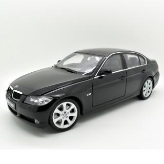 BMW 330i (E90) 2005 black 1:18
