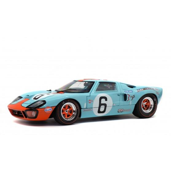 Ford GT40 MKI 1969 vincitore 24h LeMans  J. Ickx -  J. Oliver 1:18