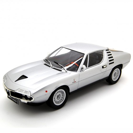 Alfa Romeo Montreal 1970 Silver Metallic 1:18