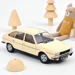 Renault 20 TS 1978 beige 1:18