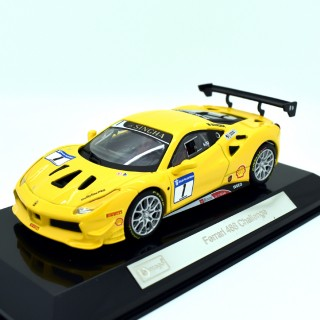 Ferrari 488 Challenge  Signature Series Yellow 1:43