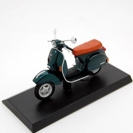 Vespa Piaggio 150 PX 199 Verde Metallizzato 1:18
