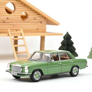 Mercedes-Benz 200 1968 Green 1:18