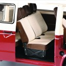 Volkswagen VW T3a Bus / Transporter Red / Cream 1:18