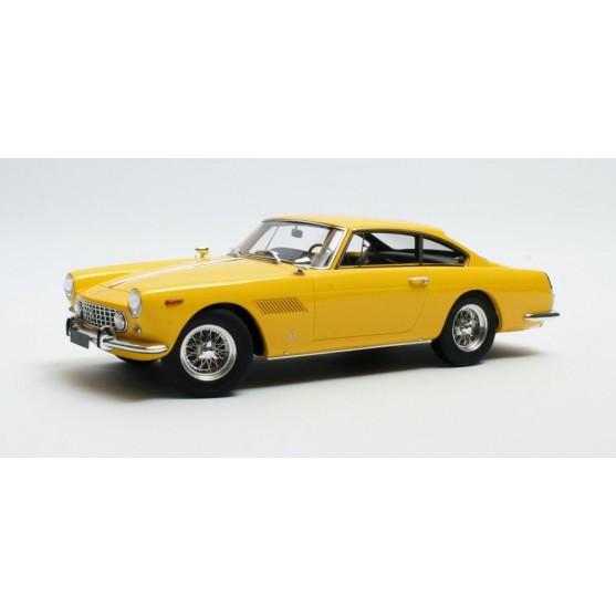 Ferrari 250 GTE 2+2 1960 Giallo Modena 1:18