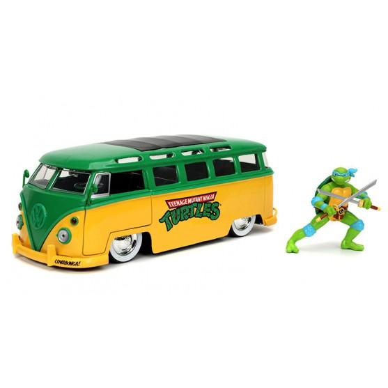 Volkswagen Bus T1 1962  with Leonardo Figure 1:24