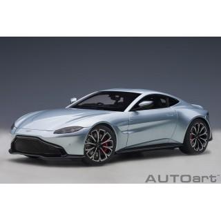 Aston Martin Vantage 2019 skyfall argento 1:18