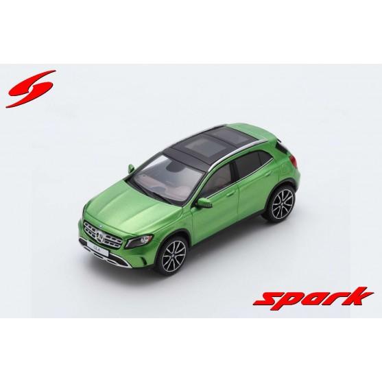Mercedes GLA 2013 Green 1:43
