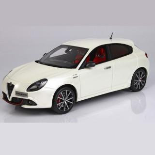 Alfa Romeo Giulietta Veloce 2018 Bianco Alfa 1:18