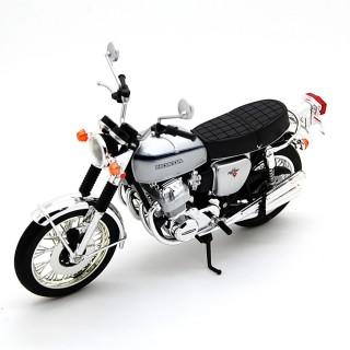 Honda Dream CB750 Four K2 1972 Silver Metallic 1:12