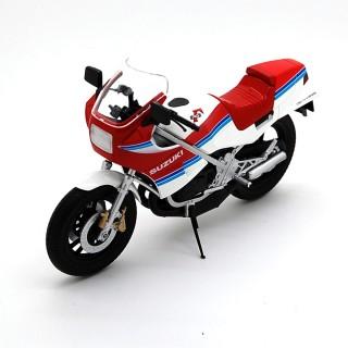 Suzuki RG250R 1983 White - Red 1:12