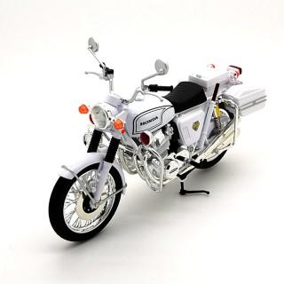 Honda Dream CB750 Four  K2 1972 White Police 1:12
