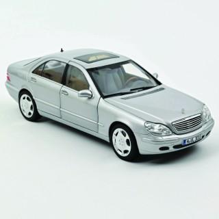 Mercedes-Benz S600 1998 Gris 1:18