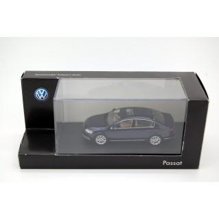 Volkswagen Passat Blu 1:43