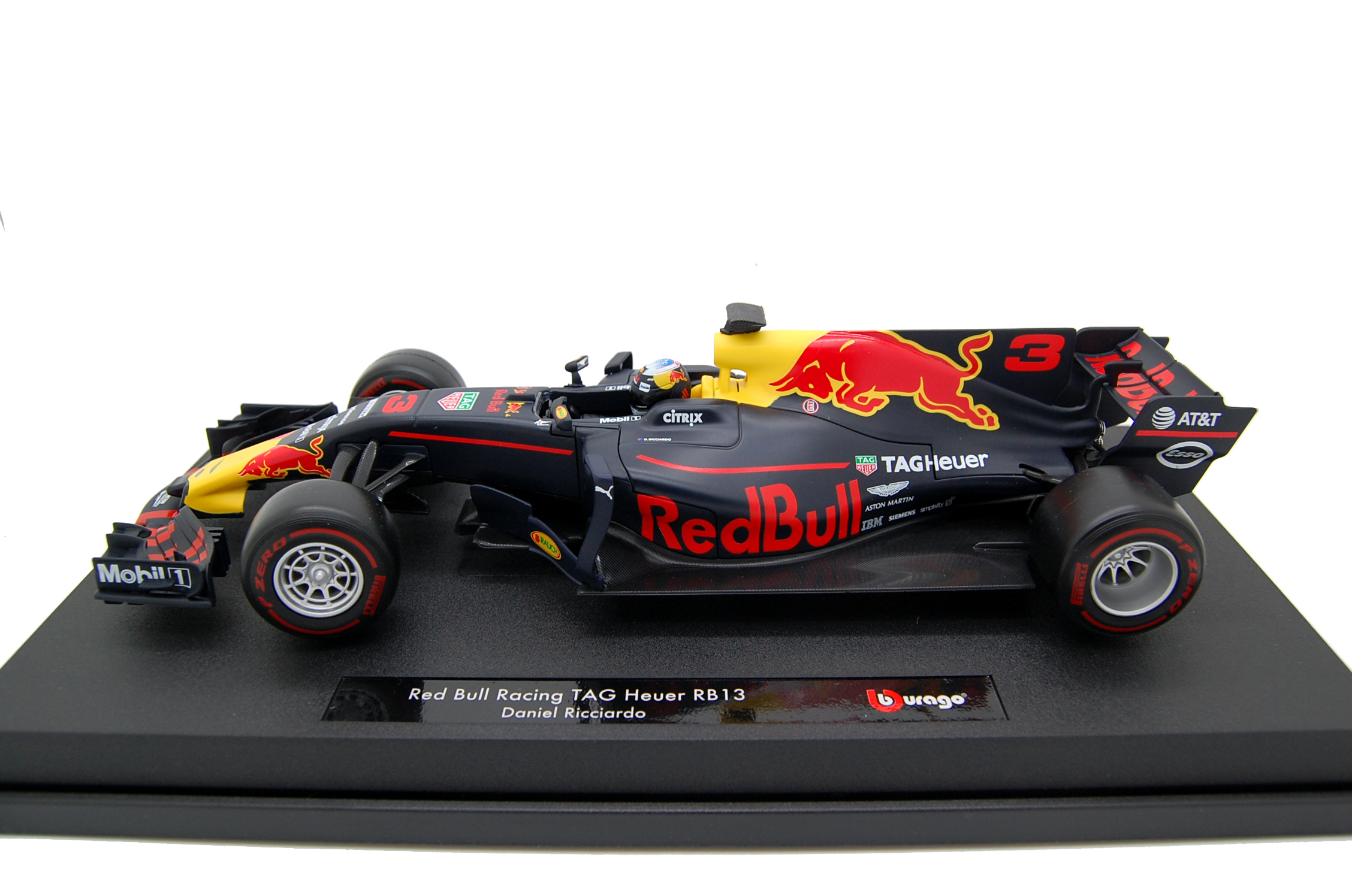 Red Bull RB 13 Ricciardo